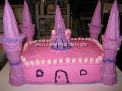 The coolest castle cake